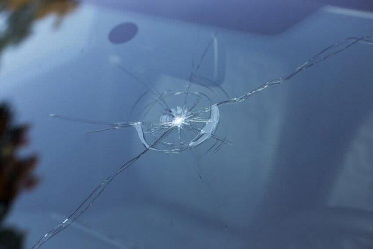 Les étapes pour cahnger de pare brise d'une voiture sans permis